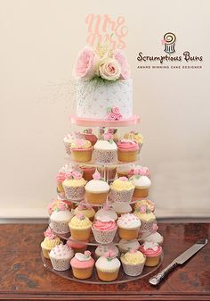 Wedding Cakes, Cupcakes & Favours | Scrumptious Buns Wedding Cakes & Cake Decorating Courses, Norwich, Norfolk
