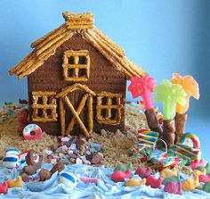 Gingerbread Beach House  Love this summer gingerbread house! Great idea for The Candy Cottage. www.candycottage.us