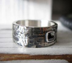 black-diamond-mens-wedding-band-hammered