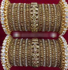 Tips On Choosing Beautiful Jewelry To Enhance Your Personal Style. If you just received a piece of jewelry from an inheritance or as a gift, or you just bought a piece on your own, you probably want to know more about jewe Bridal Bangles, Wedding Jewelry, Bangle Set, Bangle Bracelets, Silver Bracelets, Stylish Jewelry, Fashion Jewelry, Fine Jewelry, Fashion Accessories