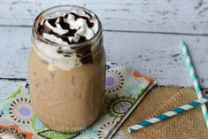 An easy to make recipe, this iced mocha is the perfect coffee treat for any time of the day! And is a great way to enjoy coffee on a warm, summer day! Pumpkin Spice Coffee, Easy Coffee, Coffee Menu, Coffee Ideas, Coffee Barista, Coffee Club, Coffee Girl, Coffee Signs, Coffee Humor