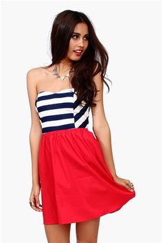 Charming and Patriotic--4th of July is right around the corner, everyone! Time to start planning outfits!!