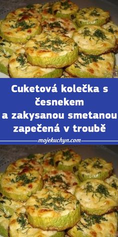 Healthy And Unhealthy Food, A Table, Zucchini, Dinner Recipes, Food And Drink, Meat, Chicken, Baking, Chef Recipes