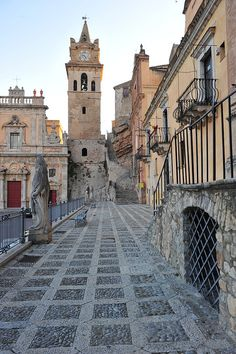 Caccamo, Sicily, Italy, province of Palermo Places To Travel, Places To See, Travel Destinations, Places Around The World, Around The Worlds, Wonderful Places, Beautiful Places, Hotel Rome, Voyage Rome