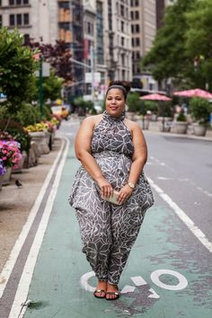 oh Garner style! she is proof that thickness can be sexy and beautiful. plus size Queen! Plus Size Fashion Blog, Plus Size Fashion For Women, Plus Size Women, Garner Style, Girl Outfits, Cute Outfits, Curvy Girl Fashion, Women's Fashion, Fashion Styles