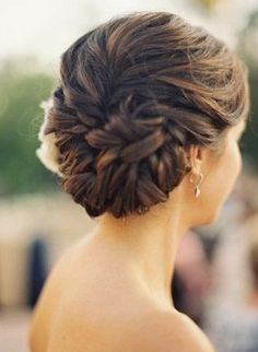 Bride's hair simple back