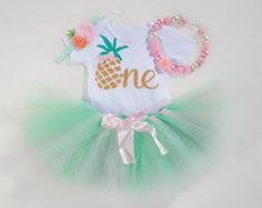 Baby Luau First Birthday Outfit Pineapple Birthday Gold First Birthday, 1st Birthday Outfits, Little Girl Birthday, First Birthday Parties, First Birthdays, Birthday Ideas, Luau Outfits, Outfits Fiesta, Fruit Birthday