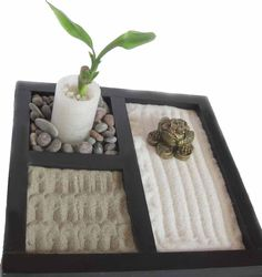 Yin yang black white sand glass terrarium zen garden home decor centerpiece housewarming for Jardin zen miniature