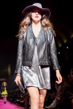 Silver and Black! #Moda #Desfile #Festa #Inverno #ElCorteInglés