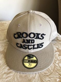 CROOKS AND CASTLES NEW ERA 59FIFTY BLK TAN FITTED BASEBALL HAT SZ 73 8 e6562a7e153