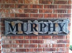 Personalized Family Name Sign on a rustic random wood canvas Pallet Crafts, Pallet Art, Diy Wood Projects, Home Projects, Home Crafts, Woodworking Projects, Diy Home Decor, Pallet Signs, Wood Signs