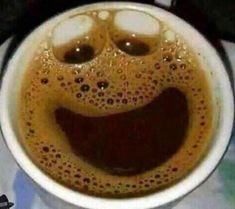 My happy coffee Happy Coffee, Good Morning Coffee, Coffee Talk, I Love Coffee, Coffee Break, My Coffee, Coffee Cups, Happy Cup, Food Snapchat