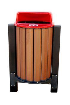 Lixeira de madeira plástica com tampa de plástico reciclado, ideais para área externa, as lixeiras têm durabilidade de até 100 anos e ZERO de manutenção!
