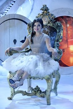 """Pretty Little Liars """"How the 'A' Stole Christmas"""" S5EP13"""