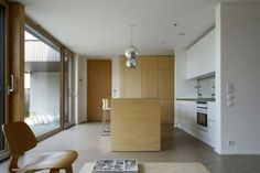 weiße kleine Einbauküche Design Ideen Kochinsel