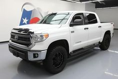 Cool Awesome 2014 Toyota Tundra SR5 Crew Cab Pickup 4-Door 2014 TOYOTA TUNDRA SR5 CREW MAX 4X4 LIFTED NAV 20'S 34K #415828 Texas Direct 2017/2018