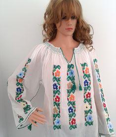 Ie traditionana - 0728925240 -model Pub-42-ICM Bell Sleeves, Bell Sleeve Top, Pub, Women, Fashion, Shopping, Moda, Women's, La Mode