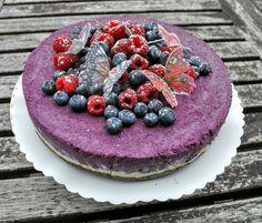 Raw berries cake Berry Cake, Acai Bowl, Cheesecake, Berries, Breakfast, Desserts, Food, Acai Berry Bowl, Morning Coffee