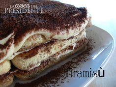 Un'altra di quelle ricette che chiunque ha nel proprio ricettario: il Tiramisù. Mi domando perchè piace a tutti (o quasi), sarà per quel gusto di caffè e cacao che stanno così bene insieme o per la morbida crema che avvolge ogni biscotto o forse perchè ci riporta alla... #biscotti #cacao #caffè