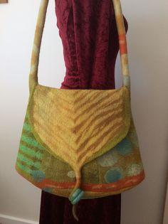 Felt bag made during Pam de Groot workshop. Colleen Castledine