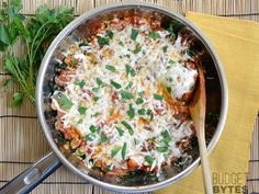 Sausage and Kale Skillet - Budget Bytes Hooray for quick skillet dinners! This one is so fantastically easy that it kind of feels like cheating. Between the Italian sausage and marinara sauce, the dish has all of the seasoning built in, so you don't even have to measure out any extra herbs or spices. You're pretty much just heating it all together and then it's ready to eat! - Sausage, kale, chickpeas, marinara and shredded mozzarella