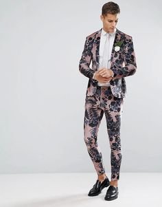 Discover the latest fashion trends with ASOS. Shop the new collection of clothing, footwear, accessories, beauty products and more. Order today from ASOS. Suits For Guys, Prom Suits For Men, Mens Suits, Floral Suit Men, Latest Fashion Clothes, Fashion Outfits, Fashion Online, Online Shop Kleidung, Asos Men
