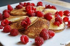 Feel Eat!: Lekkie placki z kaszy manny z owocami