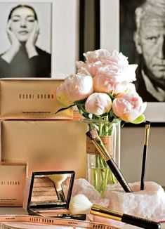 Where women create. Yes, I want blush colored peonies on my desk. Gorgeous!