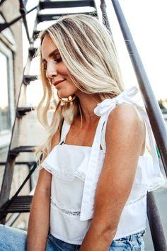 Summer Vibes: Ruffle Tie Top, Mom Jeans & Coffer Bag   Feel Wunderbar