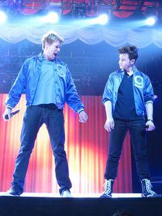 Chord Overstreet & Chris Colfer Glee Live