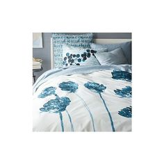 West Elm Roar + Rabbit Organic Blossom Duvet Cover, Full/Queen,... ($99) ❤ liked on Polyvore featuring home, bed & bath, bedding, duvet covers, blue, organic duvet, flower duvet, pattern bedding, west elm and blue duvet