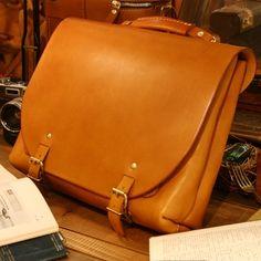 ナレッジバッグ・KNOWLEDGE BAG(CW-137)は革鞄で3wayにもできるロングセラーモデルです。「HERZ(ヘルツ)公式通販」