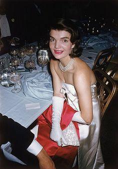 Jacqueline Kennedy-Onassis 1929-1994 | F