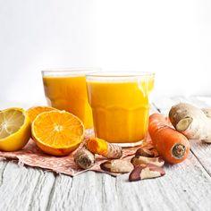 Un mélange énergisant pour vous réveiller en douceur. Des agrumes, une carotte, une touche de gingembre et de curcuma et quelques noix de Brésil !...