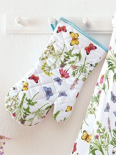 Irelamb - Topfhandschuh mit floralem Druck - Multicolor Christmas Stockings, Holiday Decor, Dressmaking, Printing, Needlepoint Christmas Stockings, Christmas Leggings, Stockings
