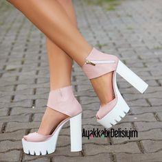Kalın Beyaz Topuklu Yazlık Bayan Ayakkabı Modelleri - Women Shoes Fashion (8)