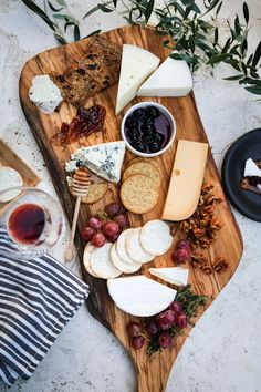 Holiday party-season is upon us. And as creative and inventive as one might want to be—eggnog-flavored donuts, let's say—a good cheese board is always a safe bet. A few tips for making a good one: 1. Get suggestions. Visit a cheesemonger in a cheese shop or a grocery store that stocks a dedicated cheese counter (Whole Foods, for example) …