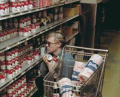 Andy Warhol se vuelve loco en el supermercado!!!