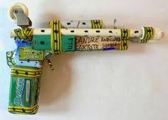 Andre Robillard - Pistolet US Air Force Outsider Art Fair, Sculpture Art, Sculptures, Gun Art, Art Brut, Visionary Art, Folk Art, Modern Art, The Outsiders