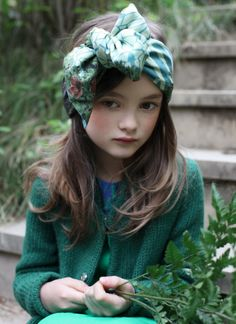 love this color palette for kids Little Girl Fashion, Fashion Kids, Fashion Fall, Look Girl, Turbans, Kid Styles, Poses, Beautiful Children, Kids Wear