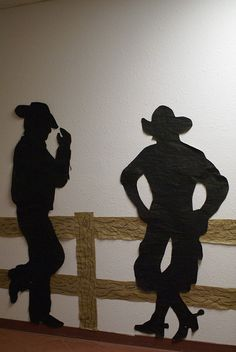 door to book fair cowboys silhouettes - by covered wagon & gateway into foyer Cowgirl Party, Cowboy Birthday Party, Cowboy And Cowgirl, Rodeo Party, 5th Birthday, Wild West Theme, Wild West Party, Anniversaire Cow-boy, Country Western Parties