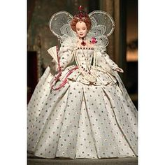 I gave up my Barbie dolls years ago.but I just may have to pick them up again.this style plus Scarlett O'Hara, my hero! Queen Elizabeth I Barbie® Doll Barbie Style, Barbie World, Mattel Barbie, Elizabeth I, Poupées Barbie Collector, Barbie Friends, Marie Antoinette, Barbie Clothes, Beautiful Dolls