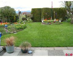 Back yard Stepping Stones, Sweet Home, Sidewalk, Backyard, Gardening, Homes, Outdoor Decor, Plants, Ideas