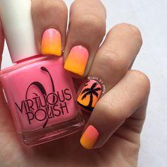 Palm tree/summer nails