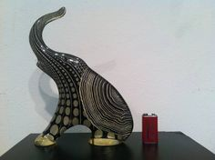 Abraham Palatnik - Elefante Preto E Cinza (1) Acrilico 24x21 - R$ 1.600,00 no MercadoLivre