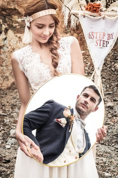 Diseñamos accesorios personalizados para trajes de novio con estampados sutiles y bordados detallados. #Bodas #Matrimonios #TrajesDeNovio #Wedding #Groom
