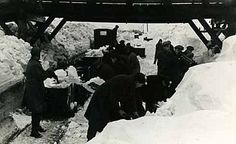 Workmen clearing snow to allow tubs to travel to Pennyvenie for treatment at… Scottish People, Coal Miners, Tubs, Scotland, Weather, Snow, Travel, Soaking Tubs, Voyage