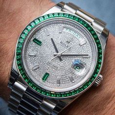 Possibly unique DayDate 40mm with ALL FACTORY diamond and emerald settings priced at €430,000 from @abtw_david. Not seen in any official #Rolex catalogue or website 😳