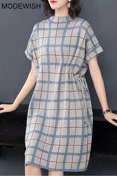 Stand Collar Short Sleeve Plaid Lacing Shift Dress This shift dress combines plaid with lacing looking chic and elegant suitable for working even in casual style shift dr. Stylish Dresses, Simple Dresses, Elegant Dresses, Casual Dresses, Dresses For Work, Stylish Clothes, Elegant Outfit, Shift Dress Outfit, Dress Outfits