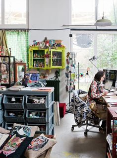 Located in Paris, this former steel processing plant (some parts of the Eiffel Tower were made here) is now home toNathalie, a designer of children's books, toys, and much more, her husband …